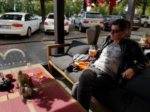 Steph beim Relaxen in Riga